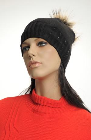 Dívčí pletená čepice