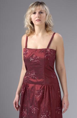 Večerní šaty korzetového střihu i pro plnoštíhlé XL a XXL