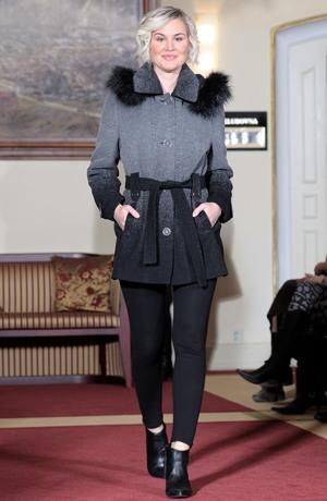 Elegantní dámské paleto z flaušové tkaniny