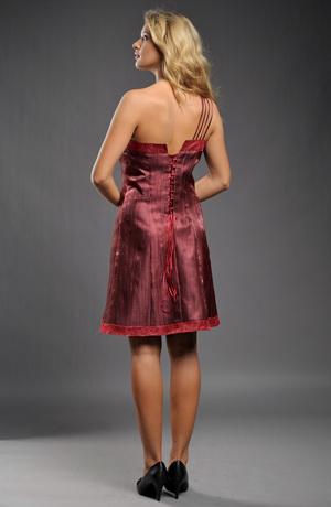 Dívčí jednoduché šaty na bok