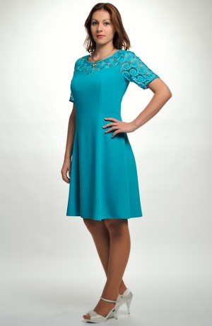 Luxusní společenské šaty zdobené krajkou vel. 38, 40, 42, 44,