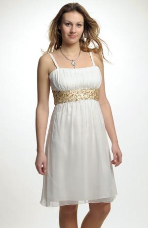 Krátké šifonové šaty řasené v římském stylu na ramínka.