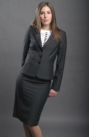 Dámský business kostým, kombinace se sukní i s kalhotami.