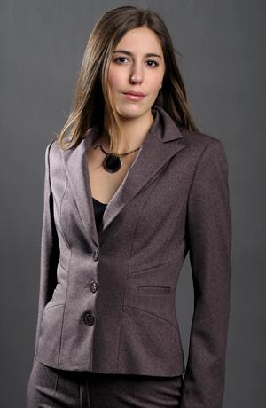 dámský vínový kalhotový kostýmek vhodný i pro plnoštíhlé