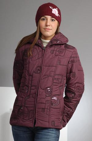 Dámská bunda s našívanou šńůrou zdobená flitry v módní fialové barvě