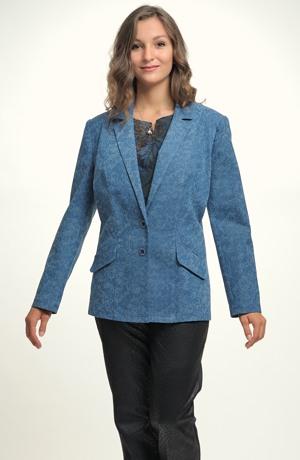 Kabátek z krajky na riflovině