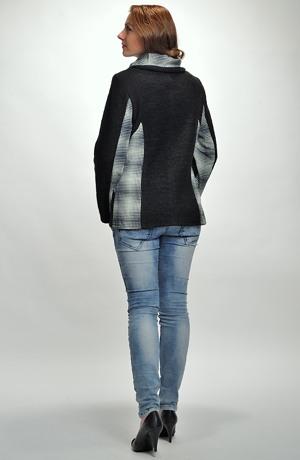 Pletený boucle kabátek s velkým límcem na zip