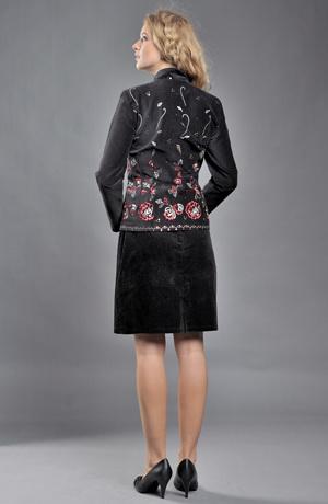 Černé společenské sametové sako s výšivkou