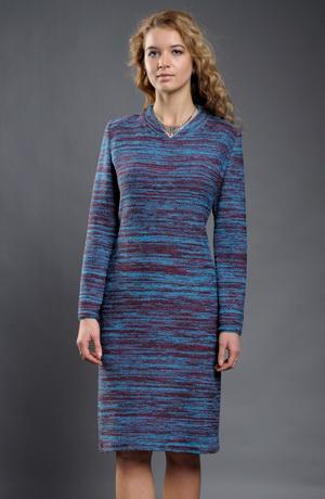 Dámské šaty v jednoduché úzké linii z melíru.