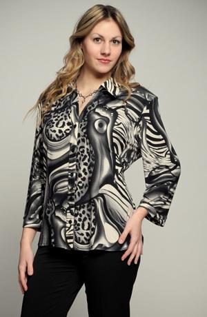 Halenka pro plnoštíhlé s módním zvířecím vzorem