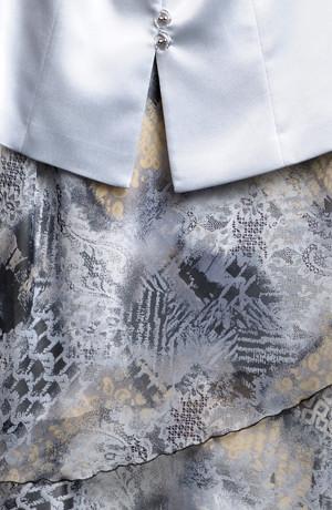 Dlouhé společenské šaty s kabátkem