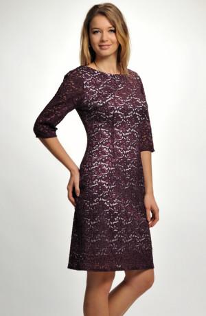 Luxusní koktejlové společenské šaty, krajkové koktejlky z elastické krajky ve vínově-fialové barvě, vel. 42, 44, 48