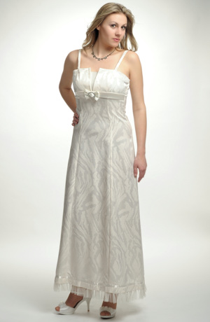 Elegantní svatební šaty na ramínka