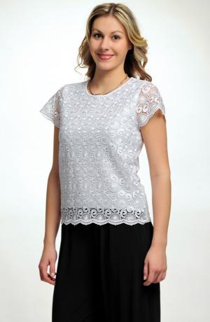 Elastické tričko s hrubou krajkou na předním dílu
