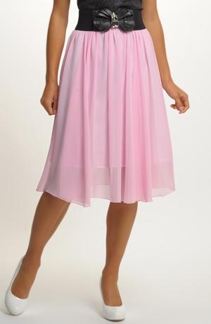 Růžová nabíraná sukně