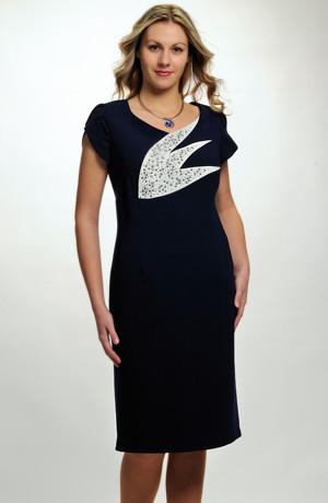 Dámský luxusní kostýmek pro svatební maminky ve velikostech L, XL a XXL