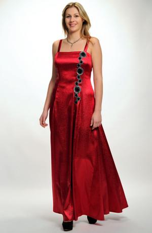Plesové červené šaty na maturitní ples. Vel. 38, 40, 42,