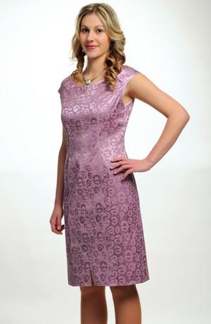 Koktejlové šaty na svatbu ze zajímavého fialkového materiálu, vel. 36, 38, 40, 42, 44