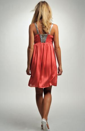 Dívčí prádlové šaty na ramínka s živůtkem ve tvaru X. Velikosti 36, 38, 40