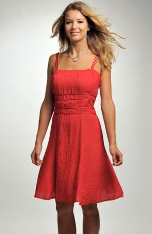 Dámské červené koktejlové šaty, koktejlky nad kolena s efektním pasem, velikosti 38, 40, 42