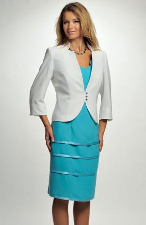 Elegantní dámský společenské pozdrovky doplňuje kabátek