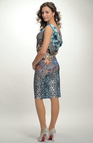 Luxusní společenské a koktejlové šaty s vodou na zádech.