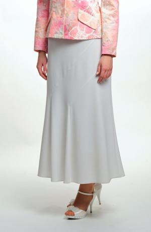 Bledě modrá sukně se vsadkou na předním dílu