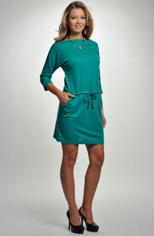 Krátké tunikové šaty s tunýlkem
