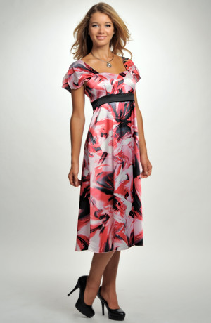 Luxusní dámské společenské šaty z elastického saténu