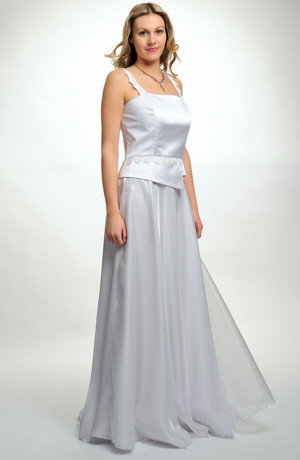 Korzet zdobený našívanou šńůrou a sukně