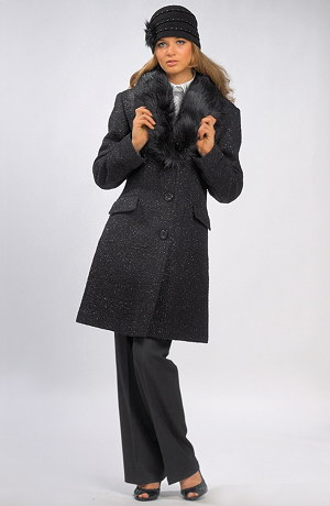 Dámský krátký kabát s lurexovou nitkou a kožešinovým límcem.