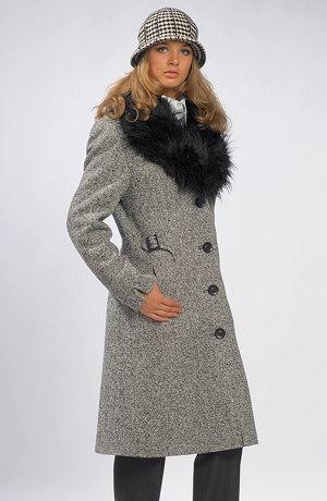Dámský kabát pod kolena v módním vzoru pepito.