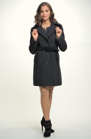 Elegantní paleto - dámský flaušový kábát v tříčtvrteční délce s páskem. Kabáty jsou ve velikostech 38, 40, 42, 44 a 46.