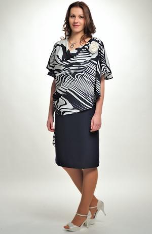 Společenské šaty pro plnoštíhlé zdobené řasením ve velikostech 42 až 50