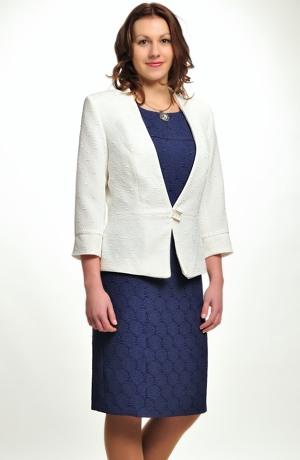 Koktejlové šaty z plastické elastické látky