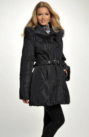 Černá dámská podkasaná bunda
