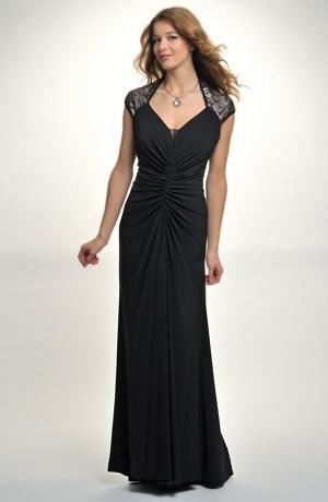 Černé večerní šaty zdobené řaseným živůtkem