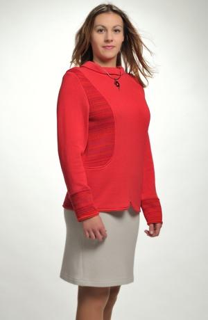 Dámský červený svetřík