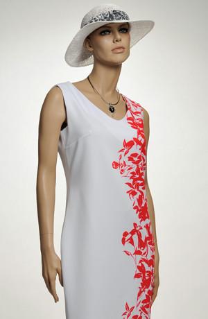 Koktejlové šaty potiskem na boku šatů