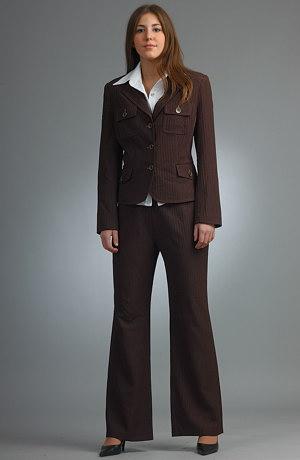 Hnědý kalhotový business kostým