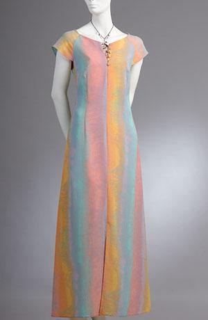 Letní šaty s raglánovým krátkým rukávkem v barvě duhy