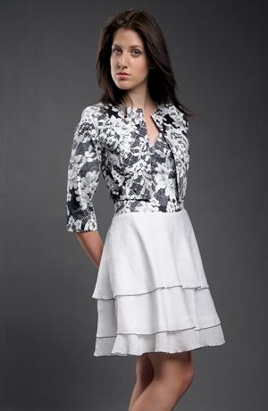 Šaty s kolovou sukýnkou z volánků