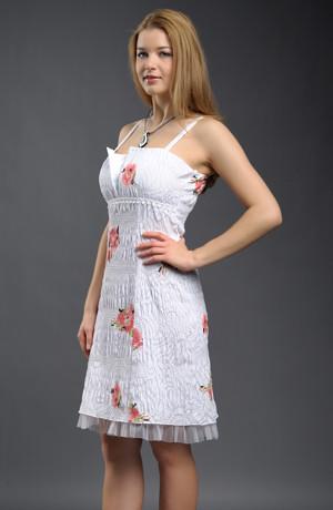 Dívčí bílé šaty do tanečních s květem