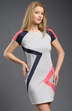 Dívčí letní krátké šaty v aktuální kombinaci různých bloků