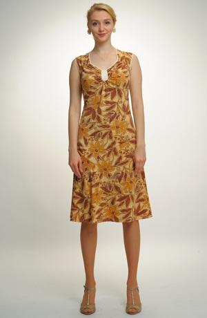 Viskózové šaty v délce pod kolena - výprodej