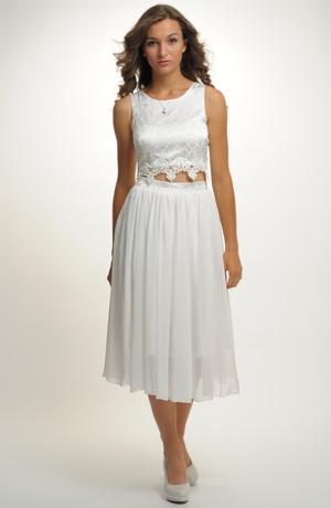 Svatební bolerko s bohatou sukní z řaseného šifónu