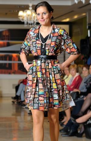 Košilové šaty z elastické jemné tkaniny