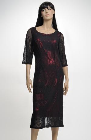 Elegantní pouzdrové šaty pro plnoštíhlé vhodné i na svatbu