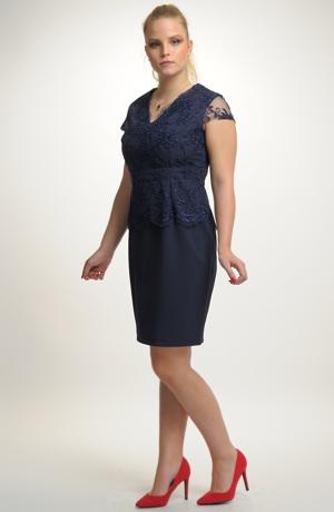Krátké elegantní společenské šaty
