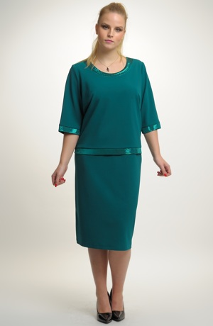 Dámské společenské šaty vhodné pro velké a nadměrné velikosti (XXXL, XXXXL)